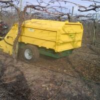 Trituradora recogedora de podas
